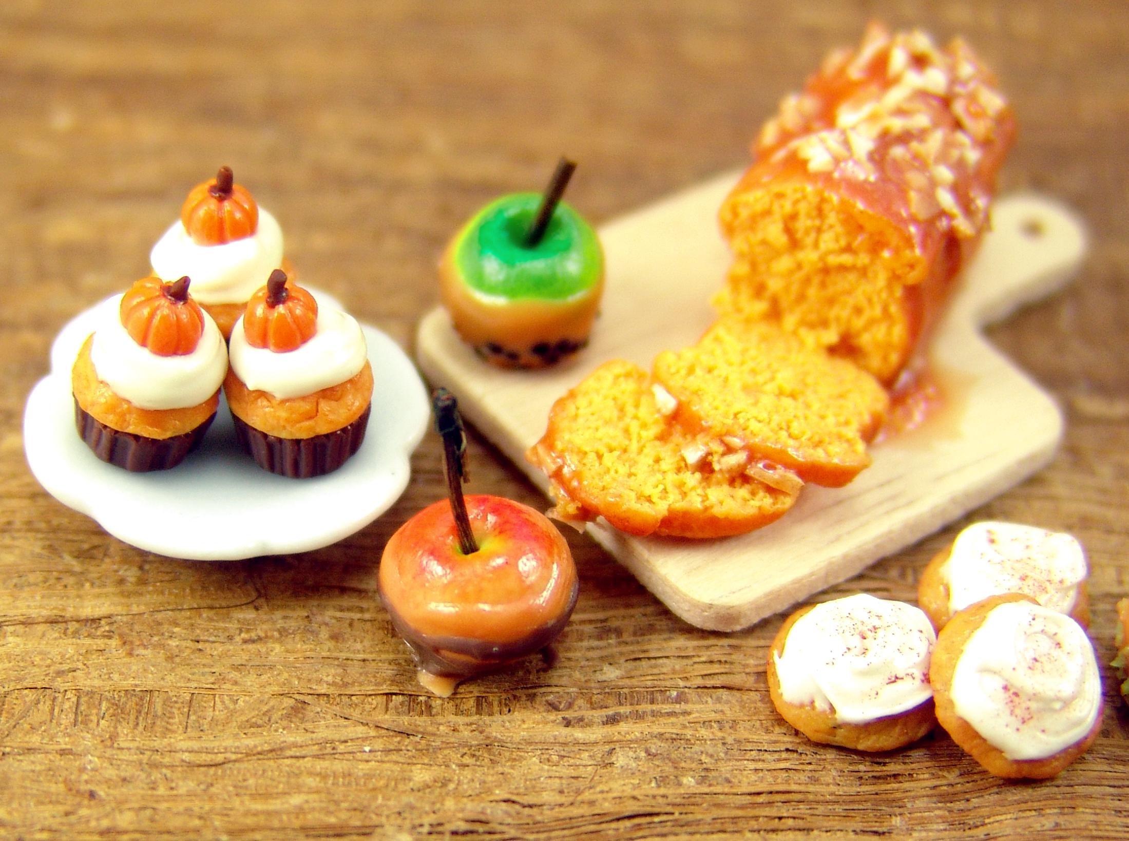 dollhouse miniature sweets